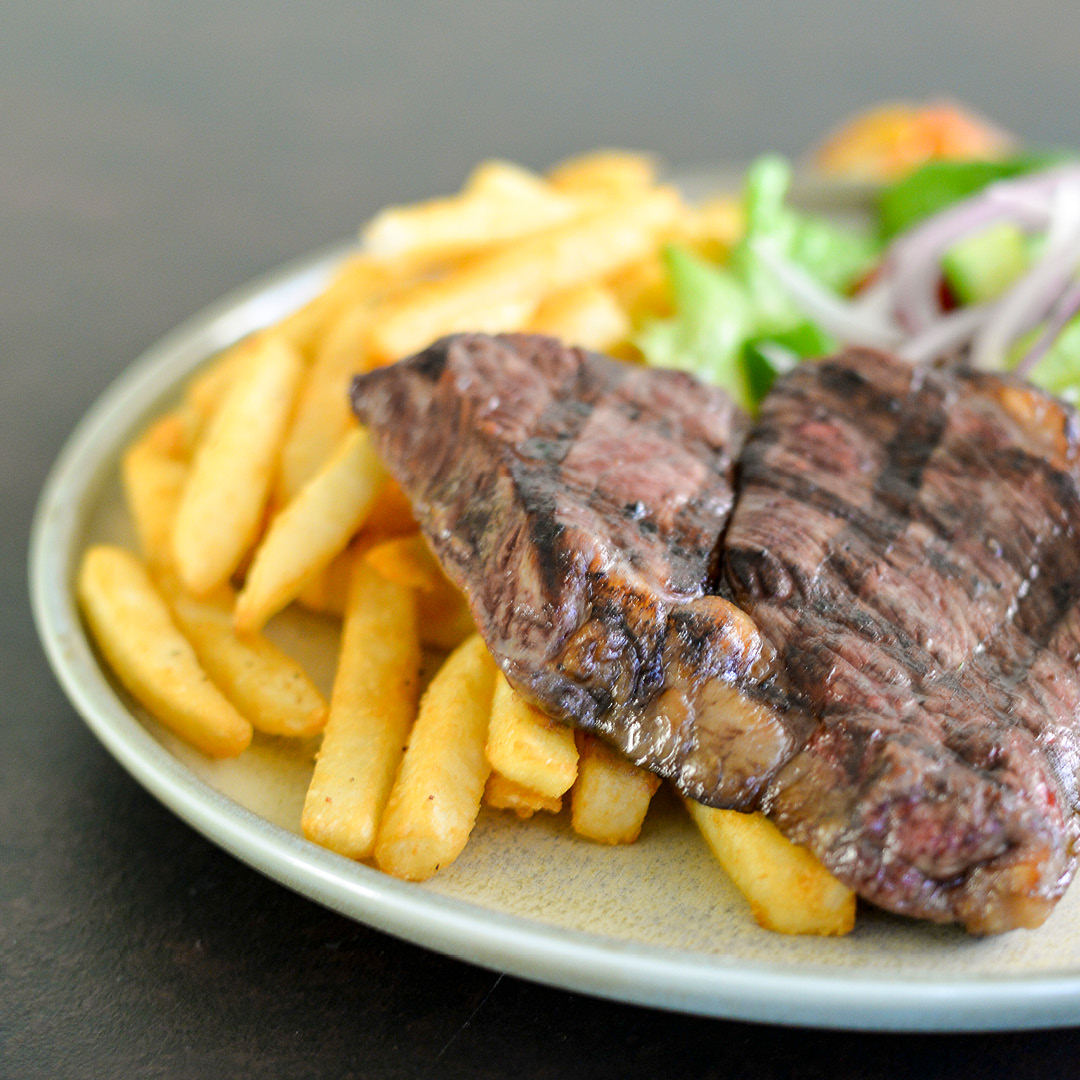 Steak Night at Rowers on Cooks River